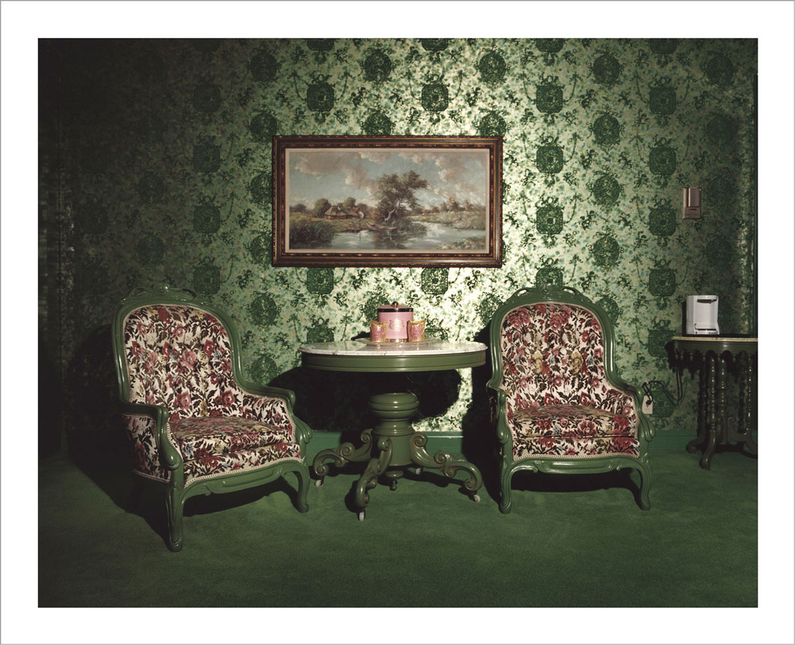 room-for-love-valentin-vallhonrat-photographer-photography-artist-exhibition-museum-1